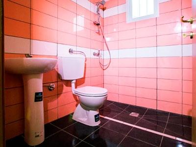 Rivestimento e pavimentazione bagno per abitazione